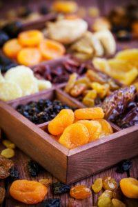 מגשי פירות יבשים